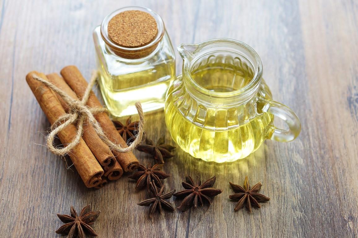 huile essentielle d'écorce de cannelle
